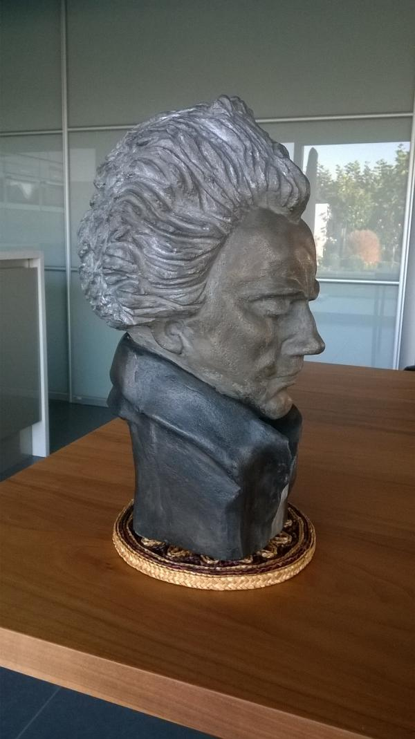BEETHOVEN IN CEMENT